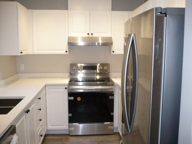 303 9763 140TH STREET - Whalley Apartment/Condo for sale, 2 Bedrooms (R2219761) #4